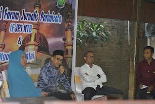 <b>Forum Jurnalis Pariwisata NTB Dideklarasikan, Fauzan: Jurnalis Itu Syarat Penting Untuk Kemajuan Pariwisata</b>