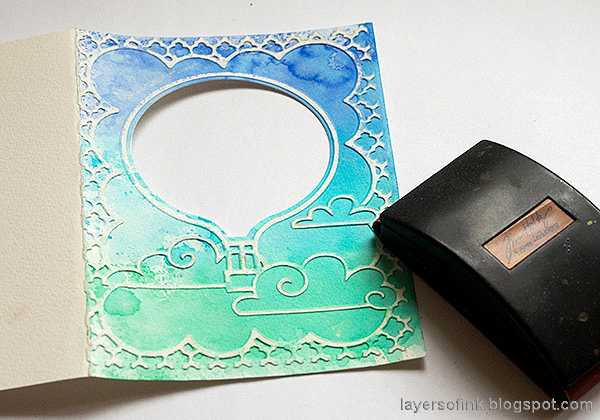 Layers of ink - Hot Air Balloon Shaker Card Tutorial by Anna-Karin Evaldsson.