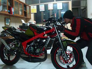 Cecen Core - Kawasaki Ninja 150R EVILution