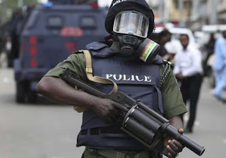 Four dead as police clash with robbers