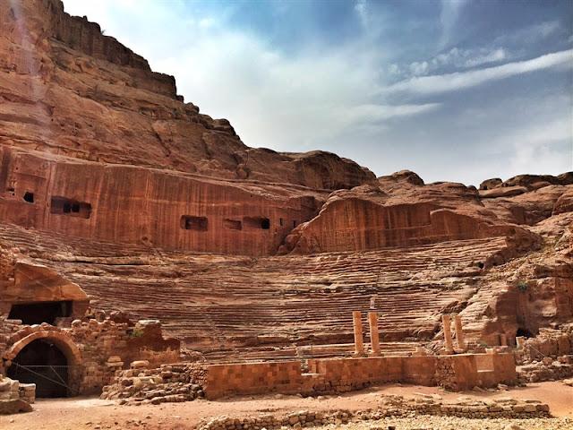 Petra Jordan lost city colosseum