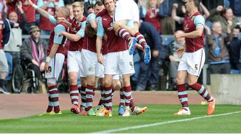 Sau Leicester City, Burnley xuất sắc sở hữu tấm vé tham dự Premier League