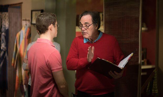 Oliver Stone et Joseph Gordon-Levitt sur le tournage de Snowden