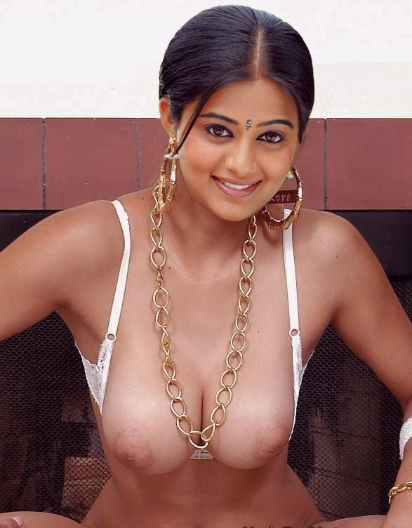 Priyamani Sagging Boobs