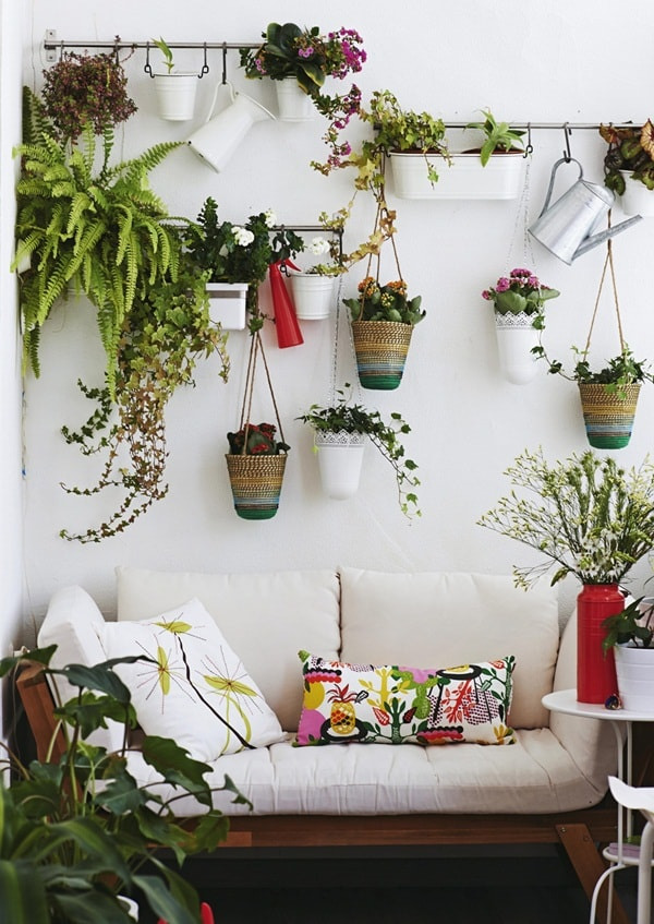 7 Ideas For Decorating Small Balconies 7