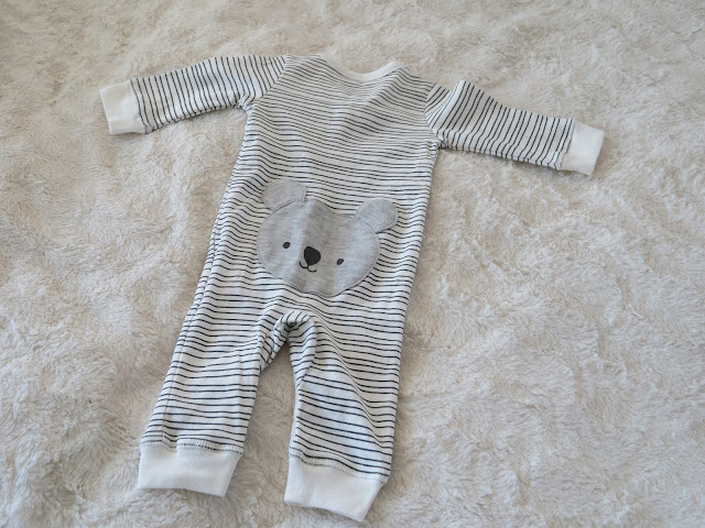vauvanvaatteet lindex ensivaatteet