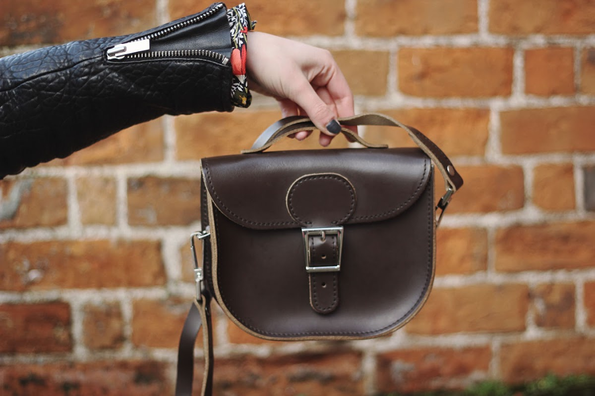 Brit-Stitch half pint satchel | www.itscohen.co.uk