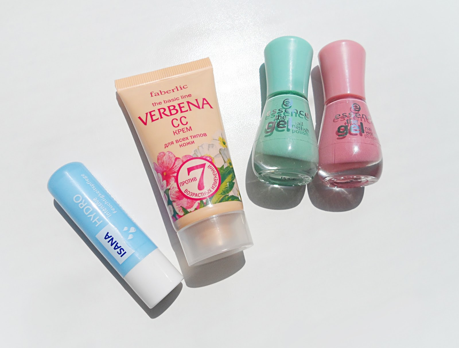 liz breygel oriflame nature secrets verbena cc cream nail polish gel essence review swatches Summertime Beauty Essentials Summer Beauty Products Must Have for Summer Vacation Products for Summertime