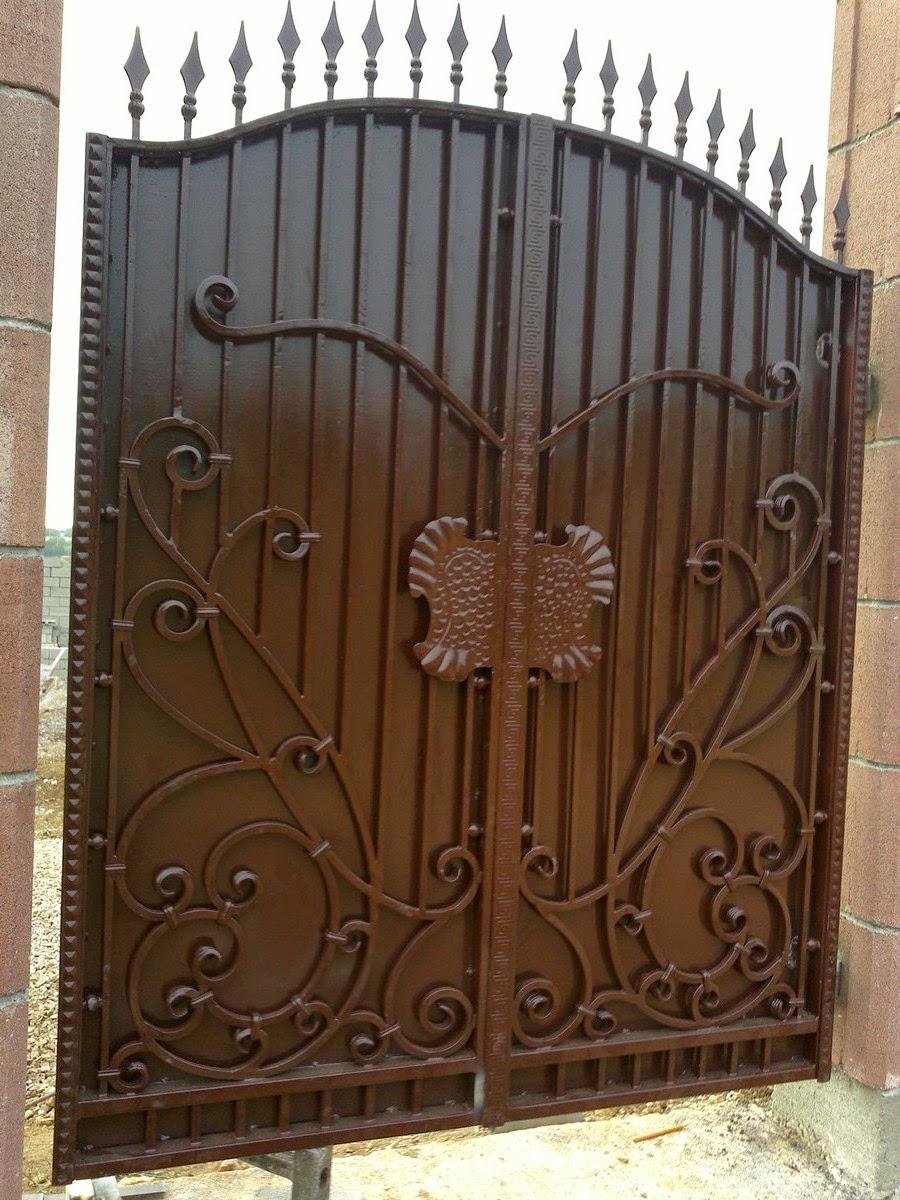 Гаражные ворота распашные металлические цена