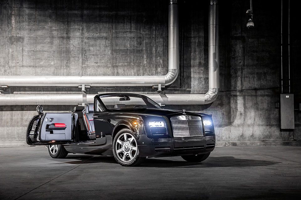 Rolls-Royce Phantom Drophead Coupé 'Nighthawk' - Luxus Ausblick im Atomlabor Blog