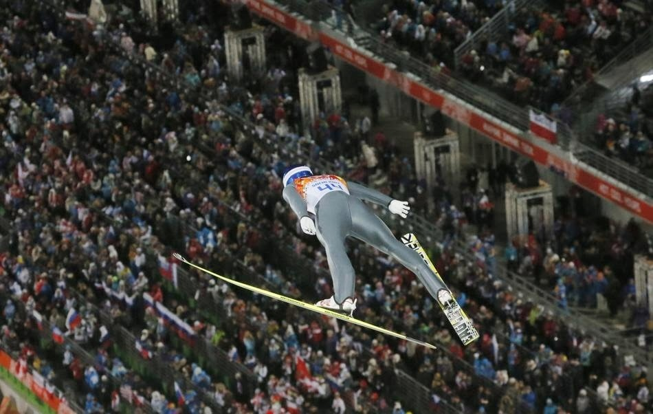 2. Yup. - 22 Olympics Photos That Will Destroy Your Faith In Gravity