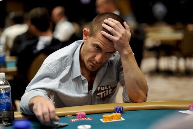 Mengapa saya tidak bisa menang main poker online?