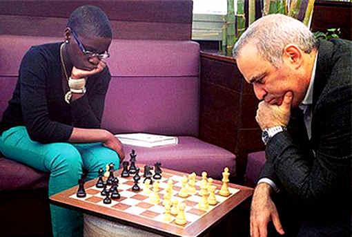 Jouez à la question du mercredi sur les échecs - Photo © Chessbase