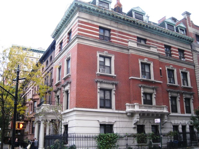 construction was completed in 1901 at a cost of 25000 around 737000 in 2016 dollars it was purchased by leslie w russell and his wife - Limestone Apartment 2016