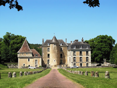 Looking through the gates towards Chateau de Boussay in Southern Touraine.