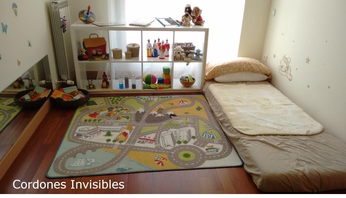 Cordones invisibles un cuarto de beb inspirado en montessori for Cuartos para ninas montessori