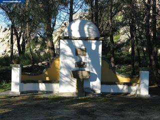 Fonte da Nossa Senhora da Penha de Castelo de Vide, Portugal (Fountain)