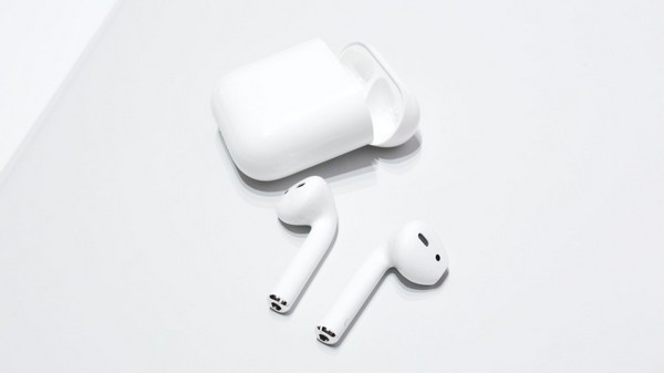 http://www.73abdel.com/2017/05/how-update-firmware-your-airpods-to-version-3.5.1.html