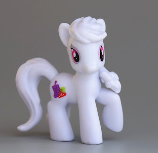 MLP Wave 16 Berryshine Blind Bag