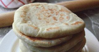 كاااااارثة حفظ الخبز في الفريزر هل تتخيل ماذا يحدث عند اكله بعد وضعه في الفريزر