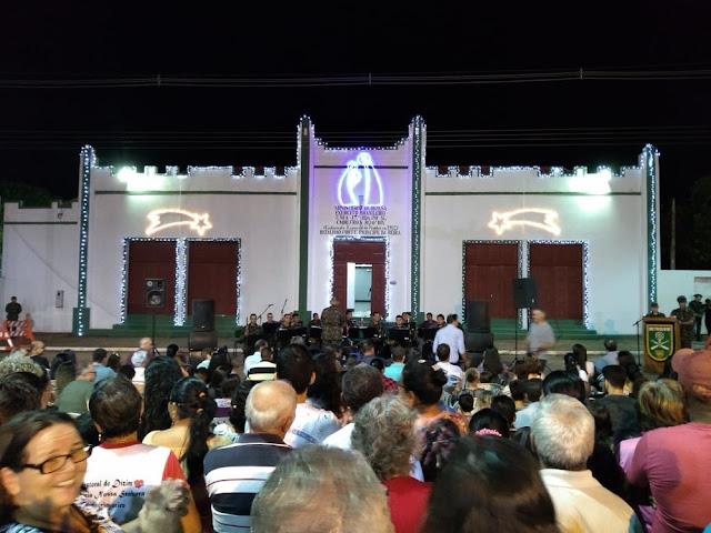 Banda de Música do 6° BIS iniciou o evento com músicas natalinas.