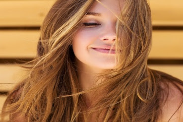 5 Cara Mengatasi Rambut Kusut Secara Alami