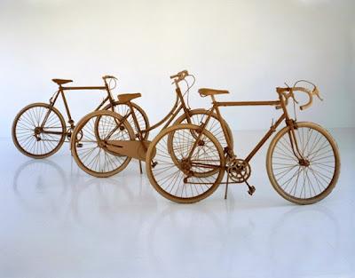 Bicicletas hechas con cartón reciclado
