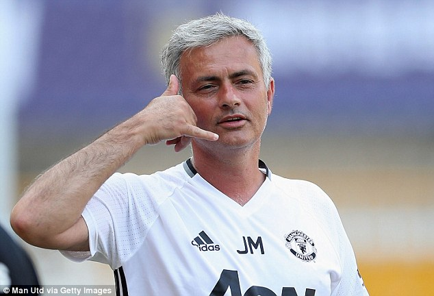 Wawancara Pertama Jose Mourinho Sebagai Manajer Man.United