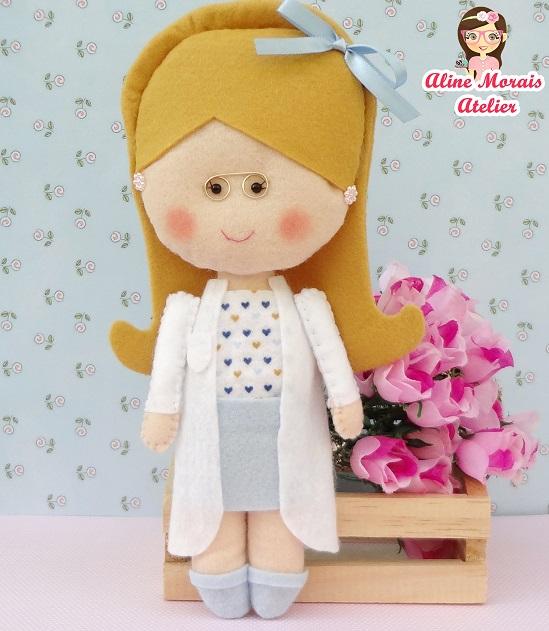 boneca pediatra médica obstetra de feltro estetoscópio de feltro artesanato presente barato preço bom promoção