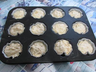 muffinki jabłkowo - cynamonowe przed upieczeniem