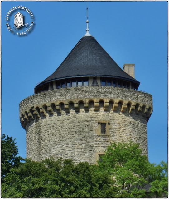 MANDEREN (57) - Château de Malbrouck