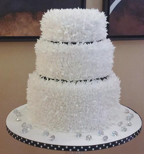 Modern Wedding Cakes: Beautiful Crafted Wedding Cakes