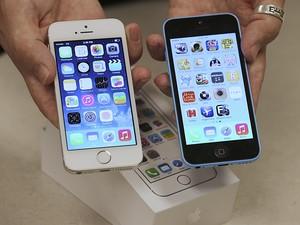 É seguro comprar celular usado em sites de vendas de usados ou em grupos de redes sociais?