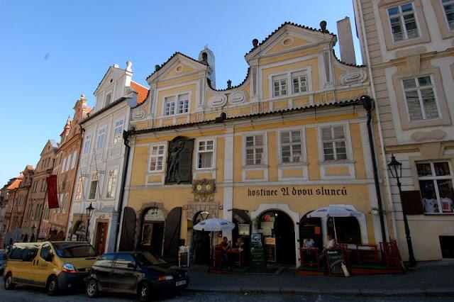 Mais detalhes sobre a rua Karlova em Praga