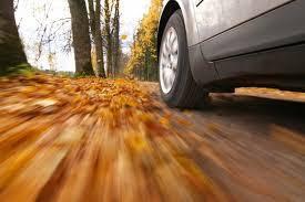 consejos para cuidar tu coche en otoño, prepara coche para otoño