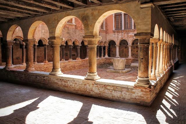 Cloister of Sant' Apollonia, Venice