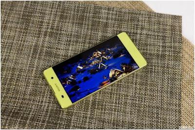 Sony Xperia XA vang chanh