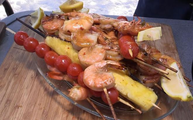 Brochettes de crevettes aux piments