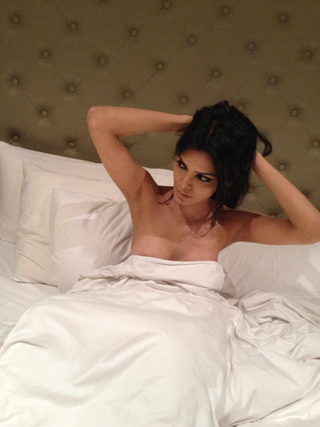 Sherlyn Chopra Shoots Without Any Cloth On Body - Spicy Celebs-6708