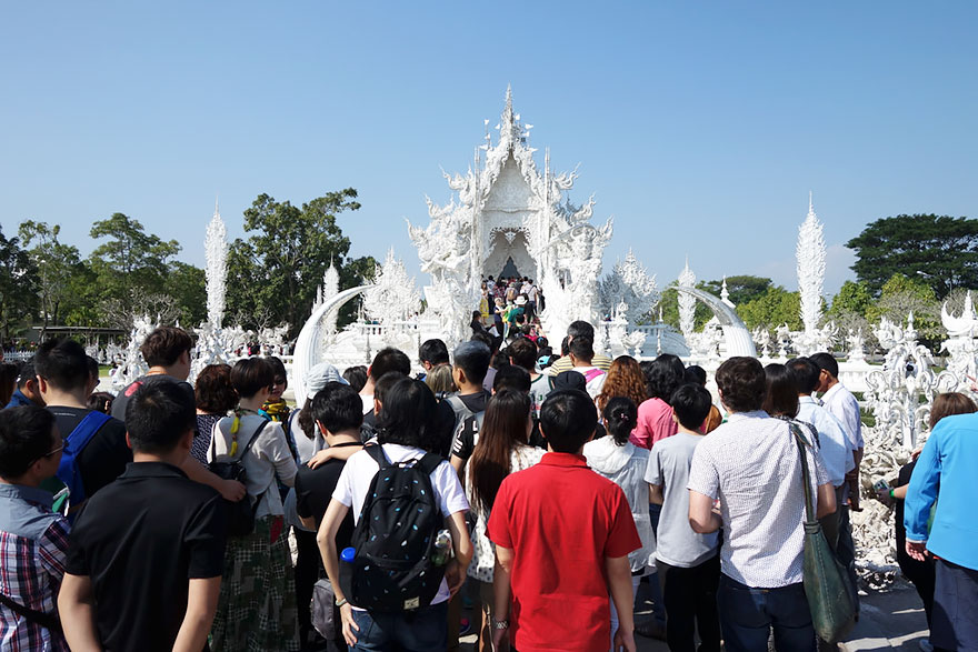 Travel Expectations Vs Reality (20+ Pics) - Admiring Wat Rong Khun Temple In Thailand