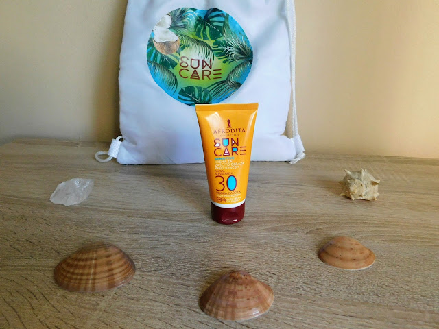 facial sunscreen, krema za sunčanje za lice, afrodita, cosmetics, kozmetika, summer, ljeto, vacation, seaside
