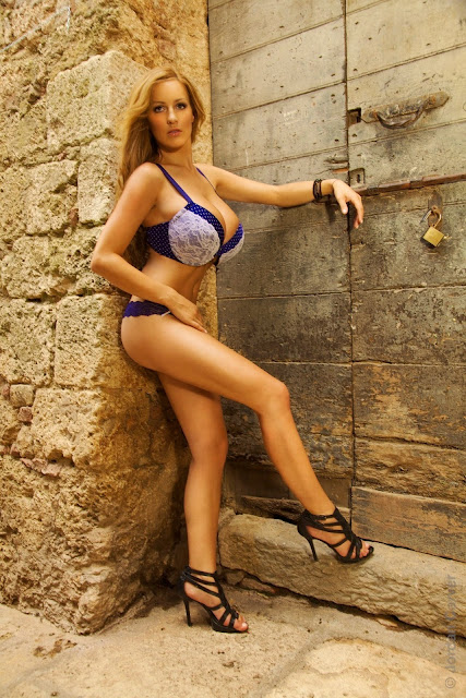 Jordan-Carver-Villaggio-hot-sexy-hd-photoshoot-image_5