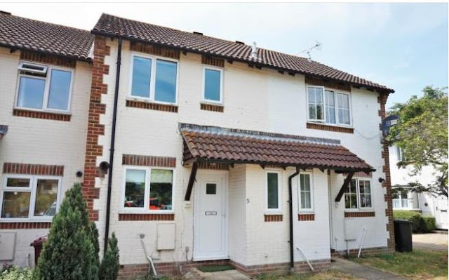 2 bed house, Tamar Way, Tangmere, Chichester