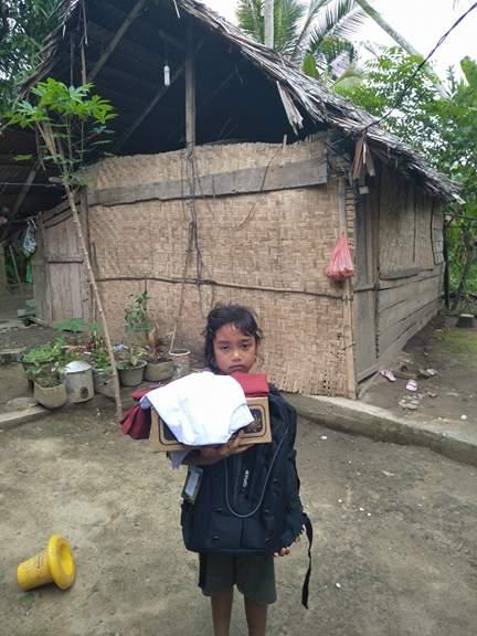 Jelang Masuk Sekolah LPDA Salurkan Bantuan Paket Seragam Sekolah ... 997d419d7c