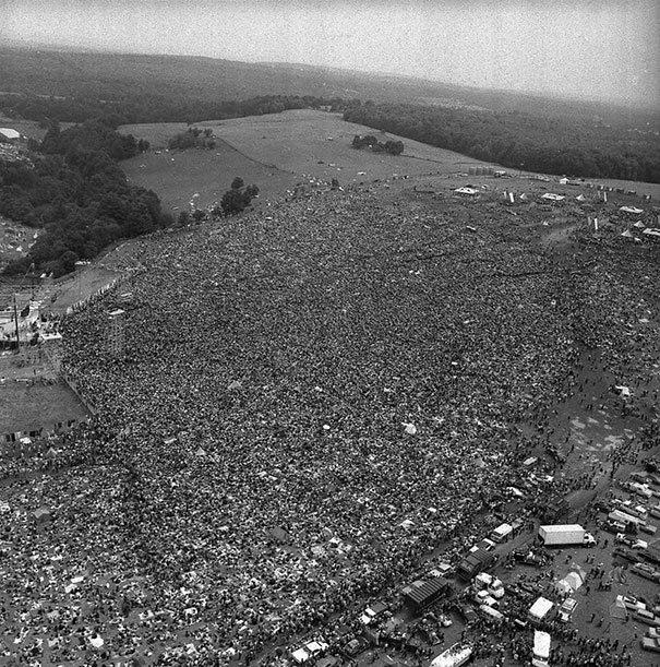 Festival de Woodstock, foto tomada en el año 1969. Fotos insólitas que se han tomado. Fotos curiosas.