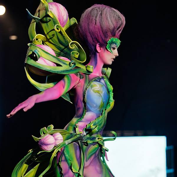 seni melukis tubuh atau body painting atau cat tubuh paling keren kreatif unik lucu dan menakjubkan-6
