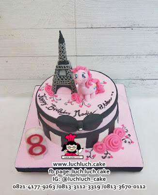 Fondant Cake My Little Pony in Paris