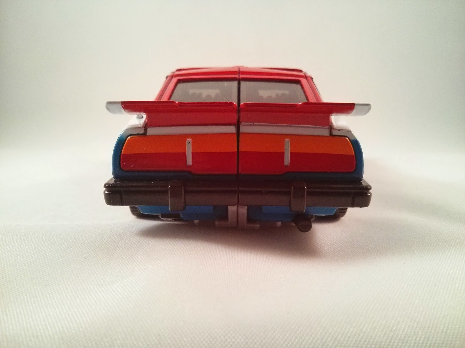 the rear end of the car mode