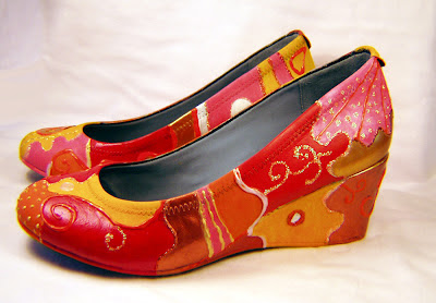 altered art, how to, painted shoes