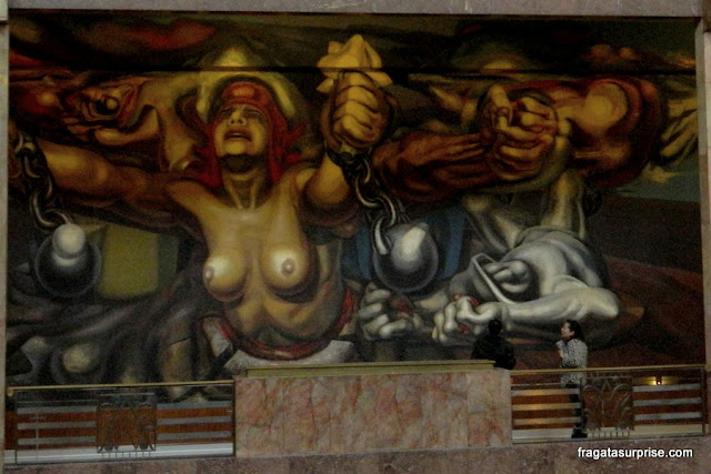 Nova Democracia (1944), mural de David Alfaros Siqueiros